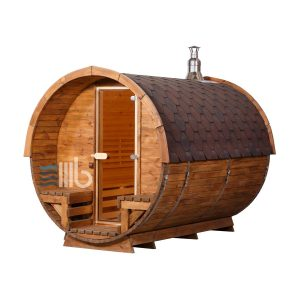 Seitenansicht einer Holzfass Sauna mit Holzofen und Glastüren – BUCI