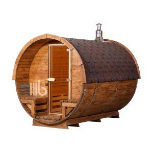 Vue de côté de du sauna baril en bois avec le chauffage au bois et les portes en verre -BUCI
